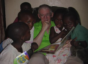 Art reading to children at House of Hope, April, 2012